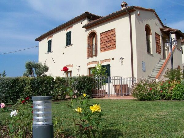 Antico Fienile, Apartment for rent in Brogi, Tuscany