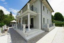 Villa Raffaela, Villa for rent in Camaiore, Tuscany