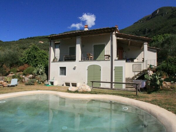 Casa Roberto, Holiday Home for rent in Camaiore, Tuscany