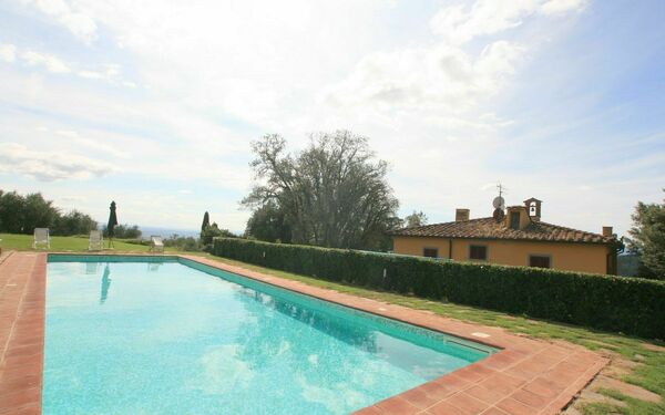 Villa Sopra, Villa for rent in Pistoia, Tuscany
