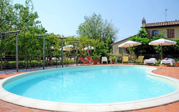 Casale Antonella, Holiday Apartment for rent in Lido Di Camaiore, Tuscany