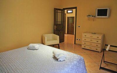 Villa Dei Emiri
