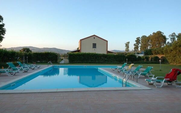 Sicílie, Fulgatore-torretta, Villa Fulgatore
