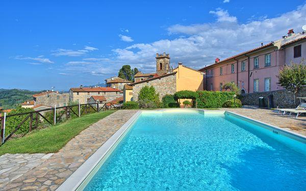 Il Gualdo, Holiday Apartment for rent in Gualdo, Tuscany