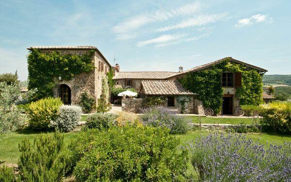 Villa Lorian, Villa for rent in Argiano, Tuscany
