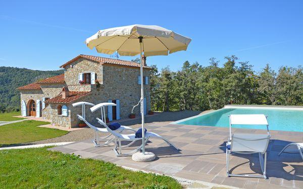 Villa Ortaglia, Villa for rent in Castiglion Fiorentino, Tuscany