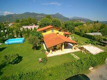 Villa Antonella, Villa for rent in Marina Di Pietrasanta, Tuscany