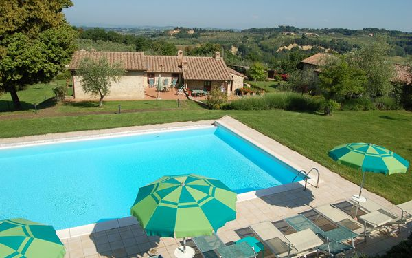 Vecchio Fienile, Apartment for rent in Sant'appiano, Tuscany