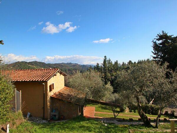 La Maggiolina & La Bastide, Holiday Home for rent in Corsanico-bargecchia, Tuscany