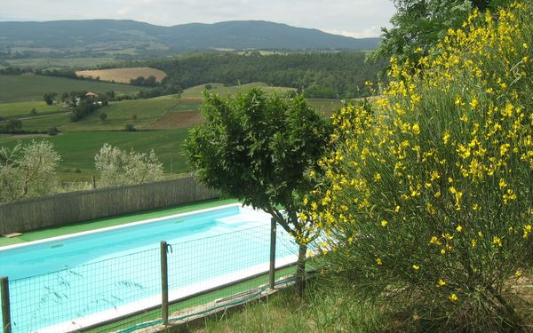 Casale Biancospino, Villa for rent in Chianciano Terme, Tuscany