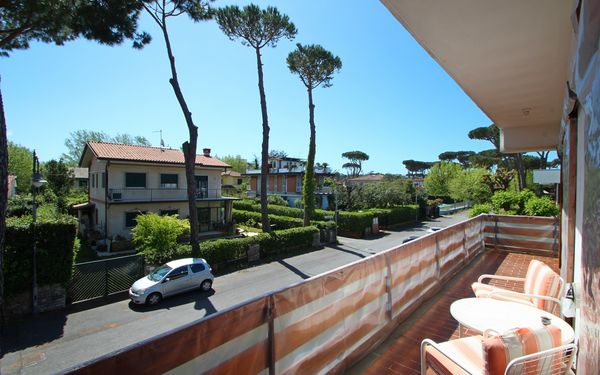 Appartamento Italia, Holiday Apartment for rent in Marina Di Pietrasanta, Tuscany