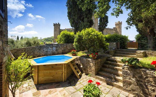 Villa Piazza Della Fortezza, Villa for rent in Montalcino, Tuscany