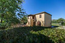 Villa Villa La Fragola in affitto a Chianacce