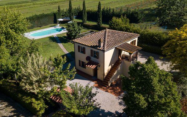 Villa La Fragola, Villa for rent in Chianacce, Tuscany