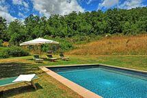 Villa Casino Di Caccia, Villa for rent in Sarteano, Tuscany