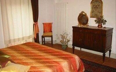 Macine: master bedroom