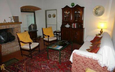 Macine: sitting room corner
