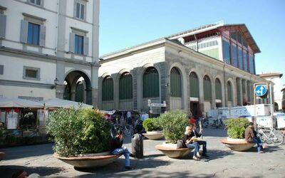 Residenza Monna Lisa: Piazza del Mercato di San Lorenzo