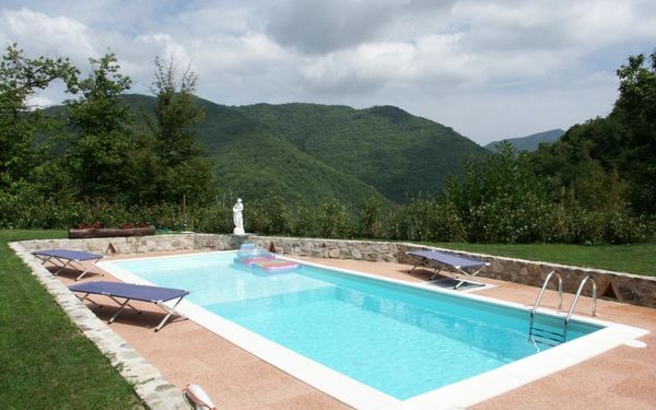 La Sella, Holiday Home for rent in Pescaglia, Tuscany