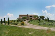 Casa Della Nonna, Country House for rent in San Giovanni D'asso, Tuscany