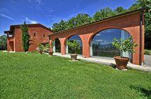 Villa Sorgente, Villa for rent in Sarteano, Tuscany