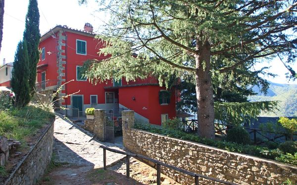 Casa Del Gioco, Holiday Home for rent in Crasciana, Tuscany
