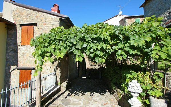 Il Nido, Holiday Home for rent in Crasciana, Tuscany
