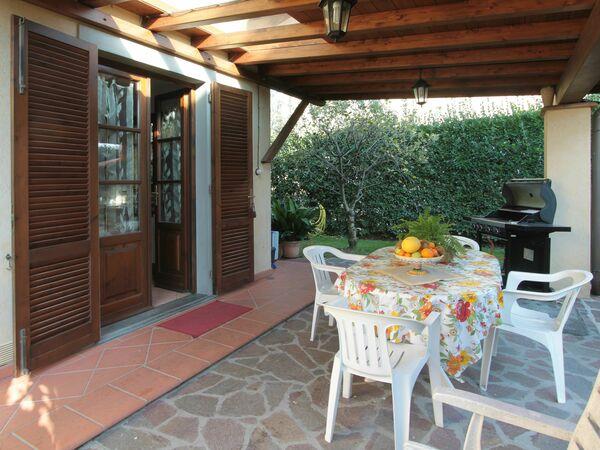 Villa Villa Mario in affitto a Forte Dei Marmi