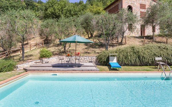 Villa Dante, Country House for rent in San Concordio Di Moriano, Tuscany
