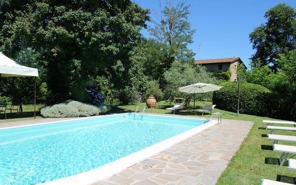 La Forra, Villa for rent in Rupecanina, Tuscany