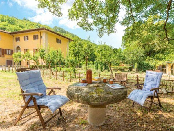 Villa Villa Il Poggiolo in affitto a Poggiolo-salaiole
