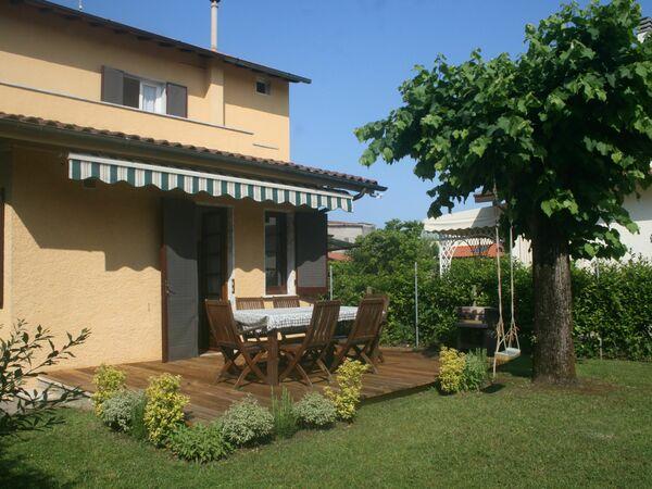 Villa Villa Alessandro in affitto a Forte Dei Marmi