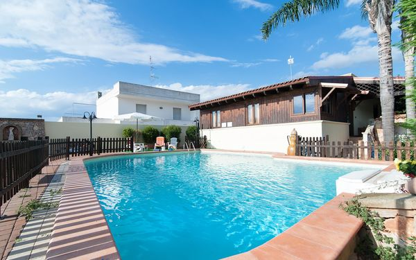 Pool Chalet, Villa for rent in Marina Di Mancaversa-giannelli, Apulia