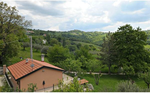 Umbrie, Gualdo Tadino, Cottage In Umbria