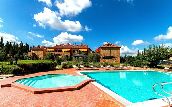 Calanchi Apartments, Residence for rent in Sughera, Tuscany