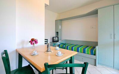 La Cecinella Apartment 8