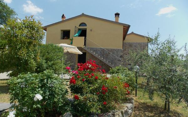 Casa Paola, Holiday Home for rent in Falgano, Tuscany