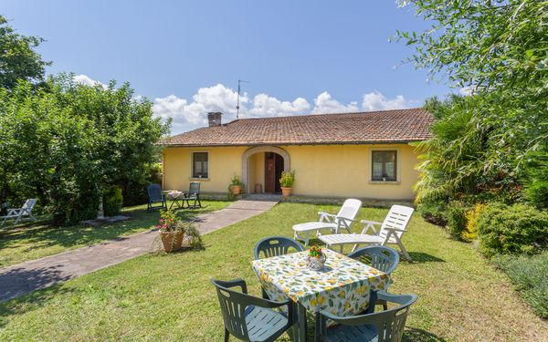 Villa Daria, Holiday Home for rent in Pilarciano, Tuscany
