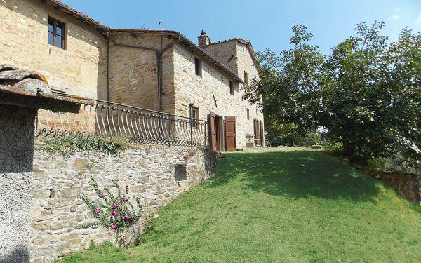 Landhaus Torre Santa Maria in  Santa Maria a Vezzano -Toskana