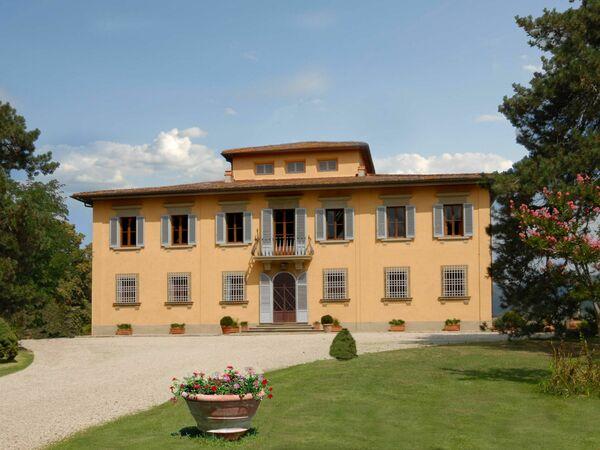 Villa i Delfini, Villa for rent in Ponte a Vicchio, Tuscany