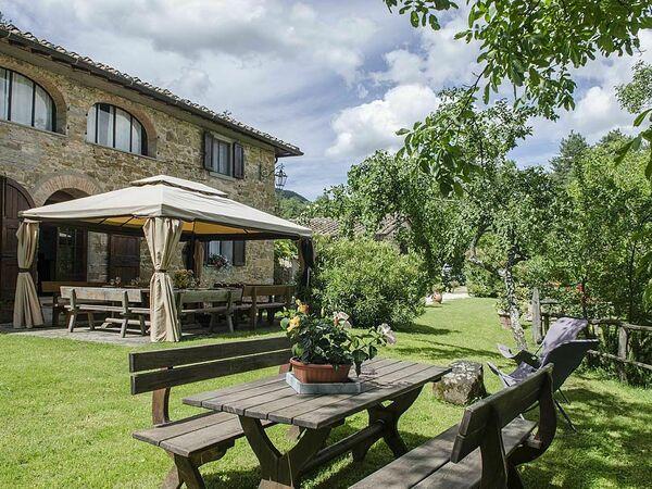 Villa Flora, Villa for rent in Grezzano, Tuscany