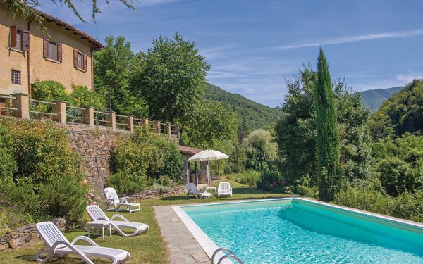 La Bacia, Country House for rent in Borgo San Lorenzo, Tuscany