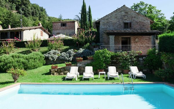 Vista San Lorenzo, Villa for rent in Vicchio, Tuscany