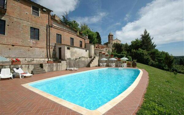 Villa Tenuta Sangervasio in affitto a Palaia