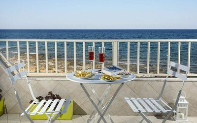 Nido Al Mare: Dining in front of the Sea