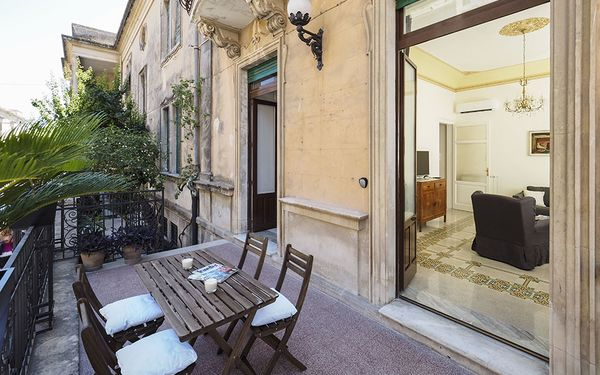 La Zia, Holiday Apartment for rent in Noto, Sicily