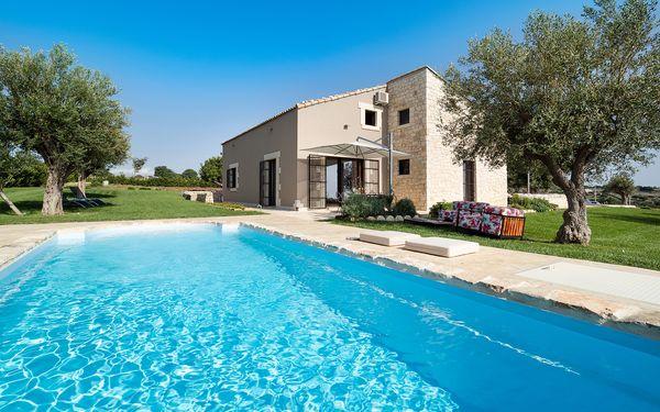 Casale Balare, Villa for rent in Puntarazzi, Sicily