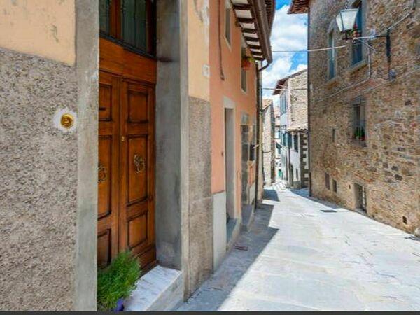 Casa Delle Magnolie, Apartment for rent in Cortona, Tuscany