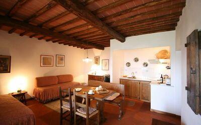 Loggetta 1103: Wohnzimmer mit Kochnische