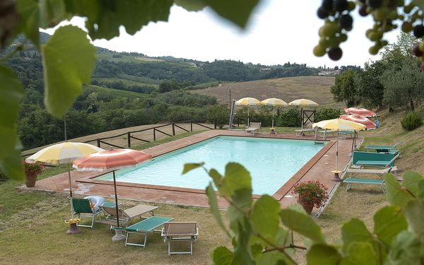 Agriturismo Paterno, Apartment for rent in San Gimignano, Tuscany